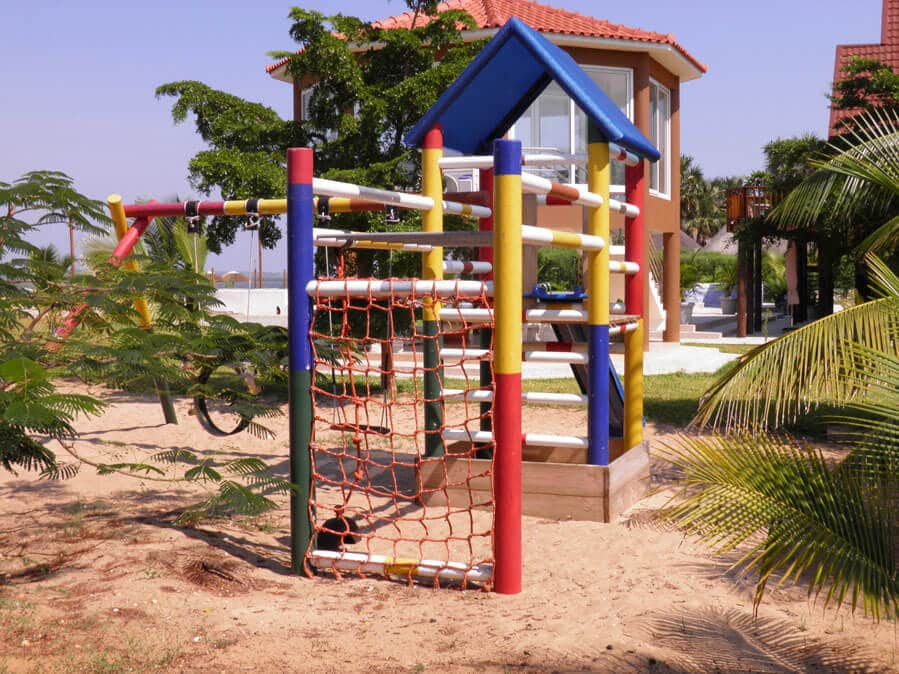 Jungle gym playground equipment   Kidbuddie